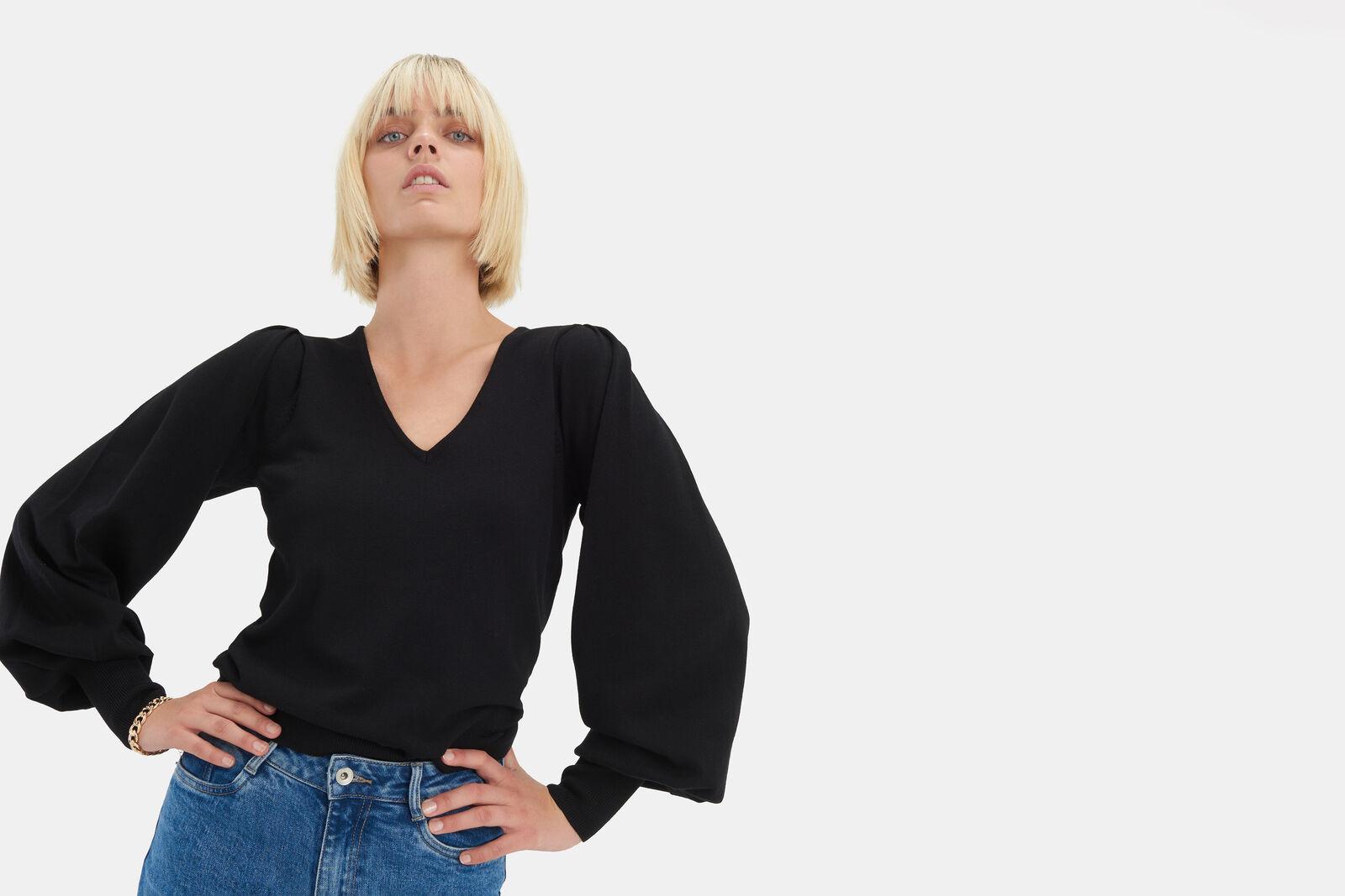 Kyra Knit Pullover