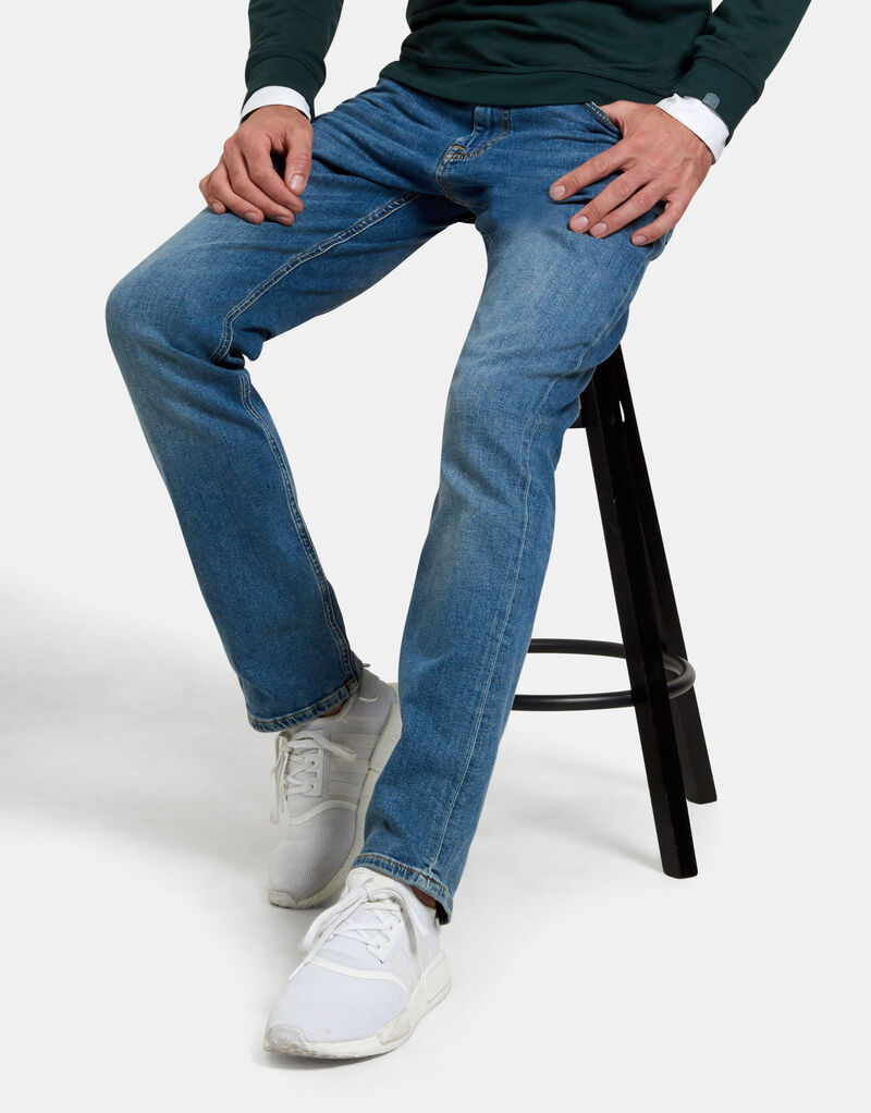 Lewis Straight Washed Blue Jeans L34