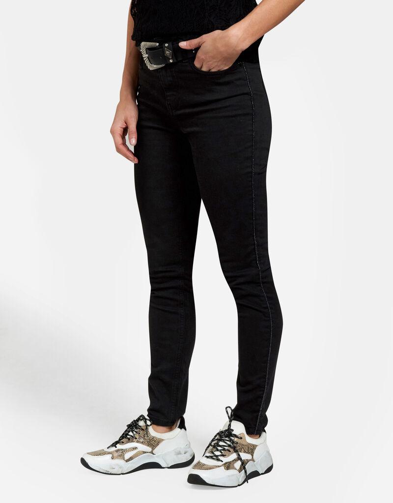 Bella Skinny Jeans