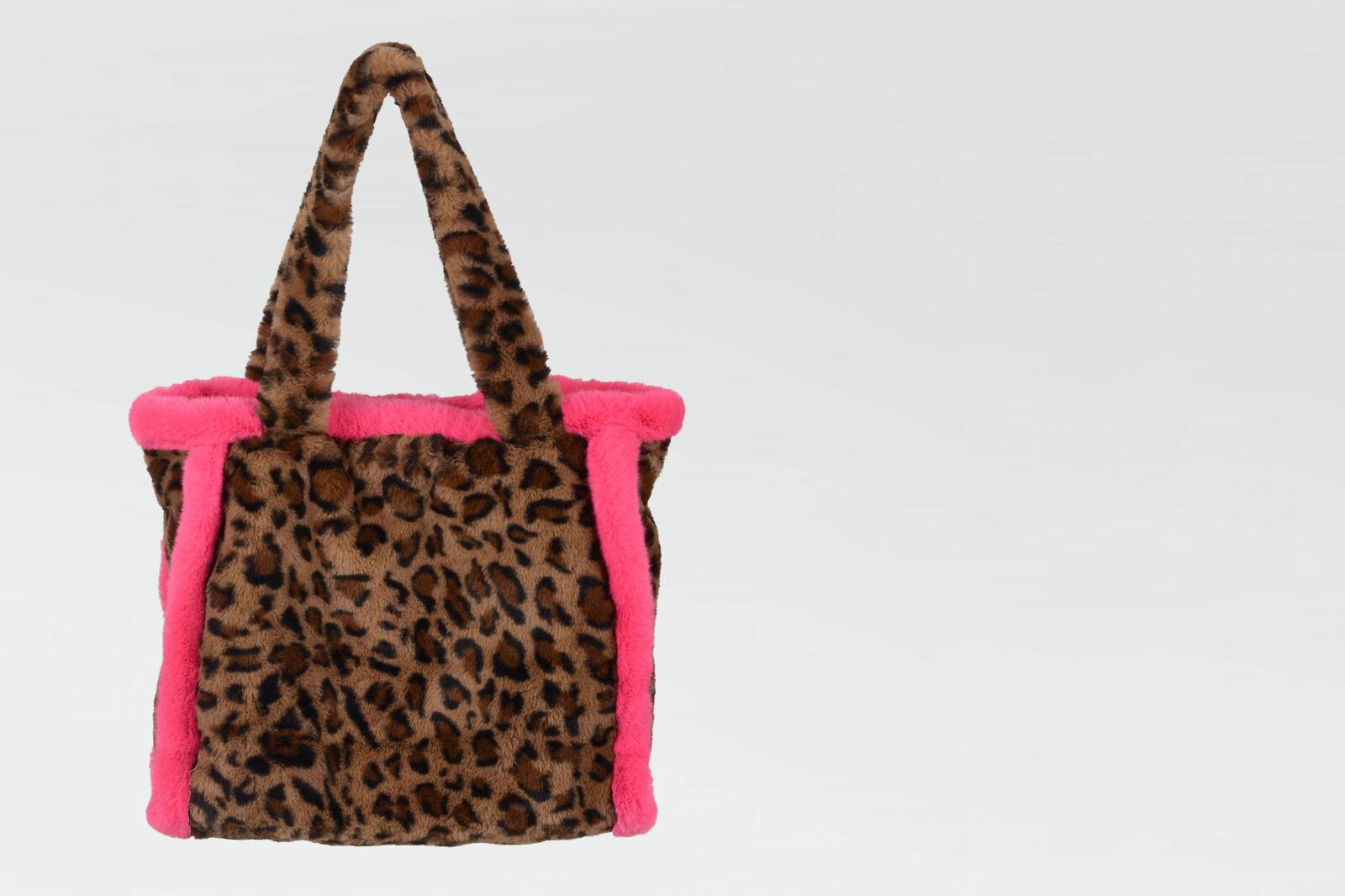 Hally Shopper by Nicolette van Dam