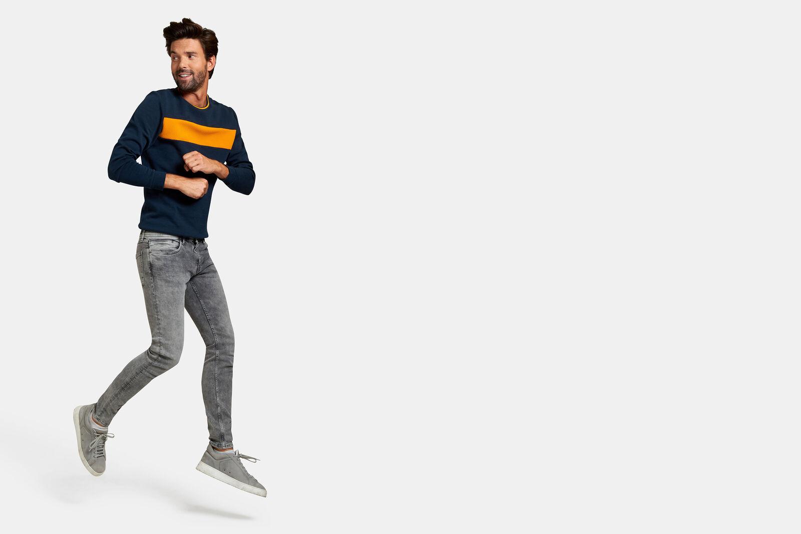 Leroy Skinny Grey Jeans L32