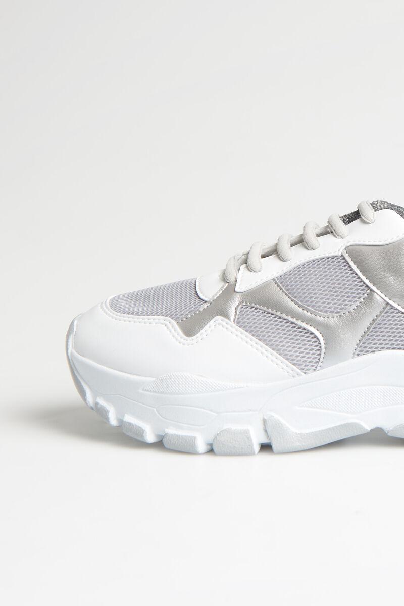 Suzie Sneakers